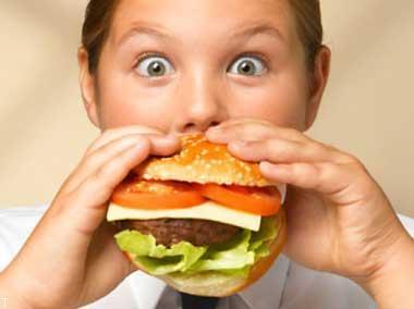 تغذیه مناسب برای کودکانی که اضافه وزن دارند