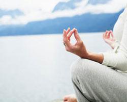 یوگا بهترین ورزش برای سالمندان