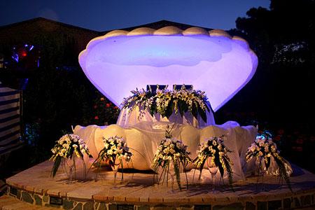 نمونه چیدمان و تزیین جایگاه عروس و داماد 2015