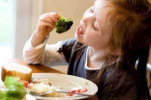نكات مهمی كه باید در غذا دادن به كودك رعایت کرد