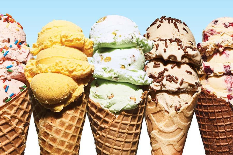 معرفی 10 ماده غذایی که شادی بخش هستند