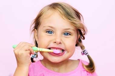 برای مراقبت از دندان های کودک چه کنیم؟