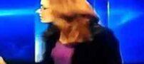 فحاشی مجری خانم در برنامه زنده (تصویر)