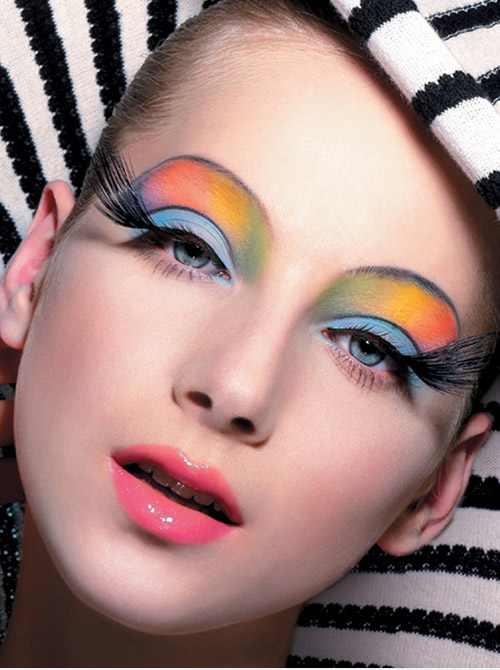 مدل های آرایش و میکاپ صورت با رنگ های شاد