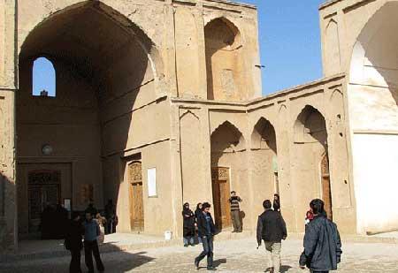 آشنایی با مدرسه ضیائیه در شهر یزد