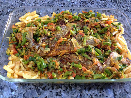 آموزش طرز تهیه ماهى و سبزيجات در فر