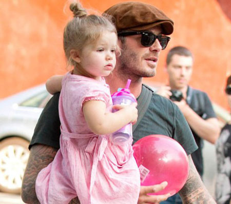 هدیه تولد ستاره های معروف به فرزندانشان + عکس