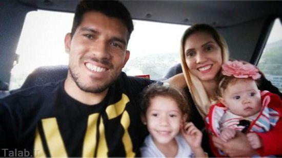 گردش کردن هافبک خارجی پرسپولیس و خانواده