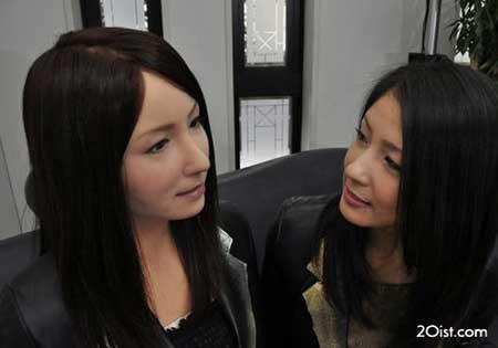 زنان مصنوعی چینی با قابلیت های مختلف زنانه (+عکس)