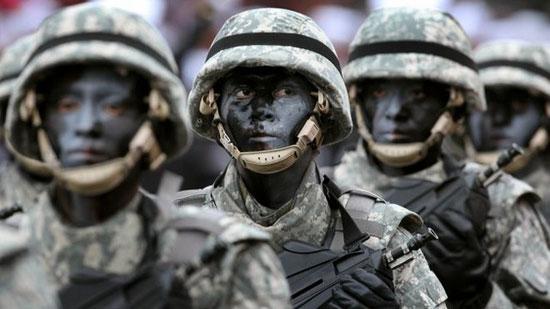 عکس هایی از لباس نظامی کشورهای مختلف جهان