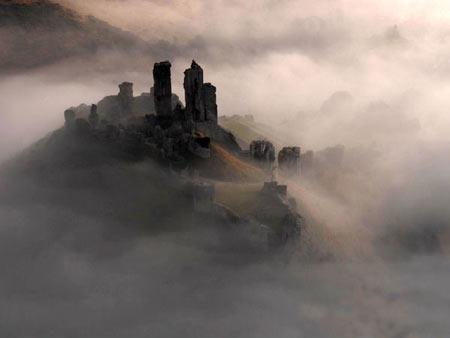 آشنایی با زیباترین و معروف ترین قلعه های دنیا + تصاویر
