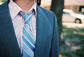آموزش جالب برای بستن کراوات مردانه