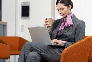 ضربدری نشستن برای سلامتی مضر است