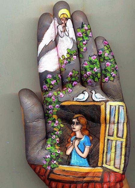 نقاشی های زیبا و فوق العاده روی دست