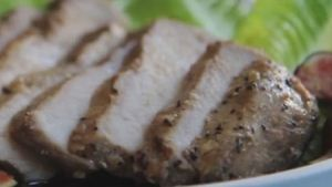 طرز تهیه گوشت کبابی مزه دار شده با سس سویا