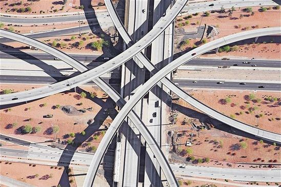 عکس های هوایی دیدنی از بزرگراه های آمریکا