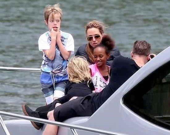 تفریح و خوشگذرانی خانواده آنجلینا جولی در استرالیا