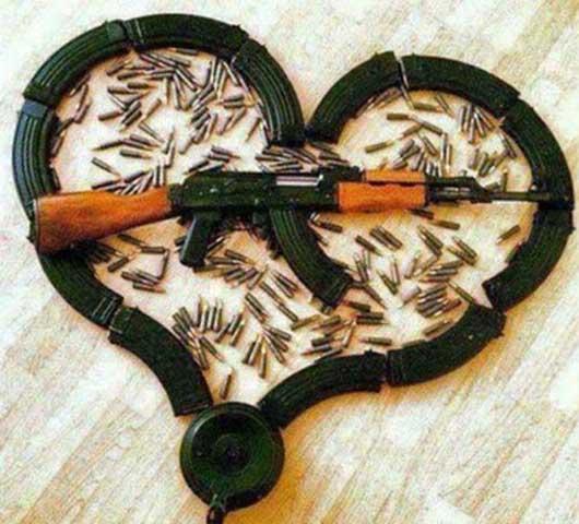 تصاویر خنده دار وقتی یک داعشی عاشق می شود