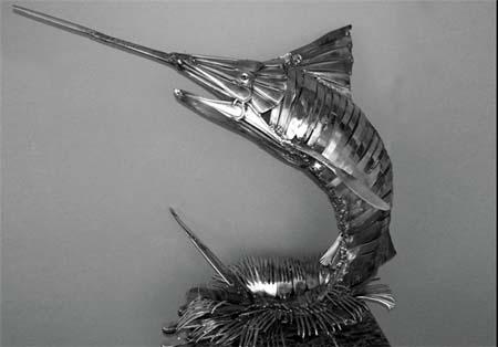 عکس های جالب از مجسمه های قاشق و چنگالی