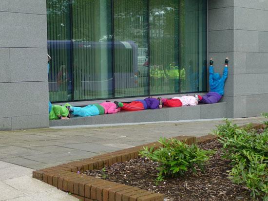 عکس هایی جالب از طرح بدن انسان ها در فضای شهری