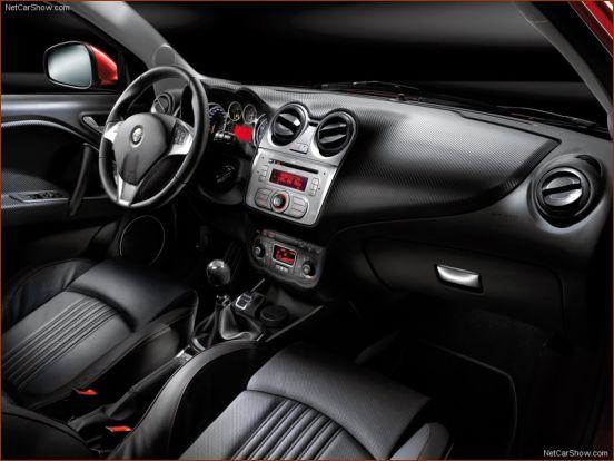 آلبوم تصاویر و مشخصات خودروی آلفارومئو میتو