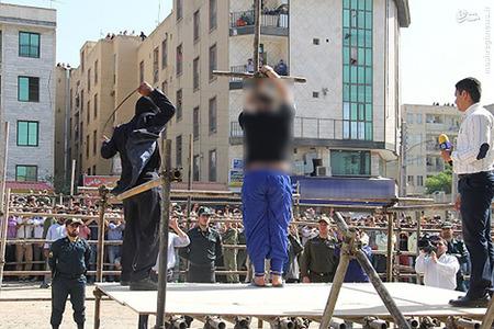 عکس هایی از شلاق زدن آدمخوار کرجی در ملأعام