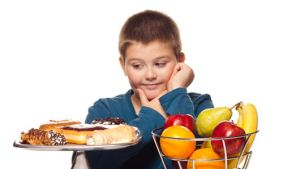 دلیل چاق شدن کودک و راه های لاغر شدن