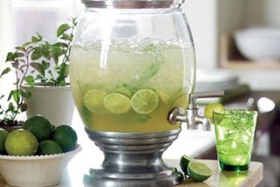 طرز تهیه لیموناد خانگی برای روزهای گرم تابستان