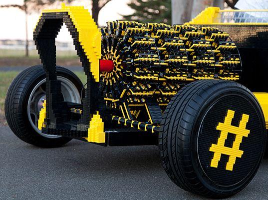 ماشین واقعی ساخته شده از لگو + تصاویر
