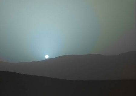 عکس های زیبا از غروب خورشید در مریخ