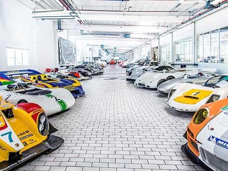 انبار جالب شرکت خودروسازی پورشه + تصاویر
