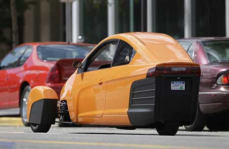 خودروی سریعی که چرخ هایش جابجا میشود (+عکس)