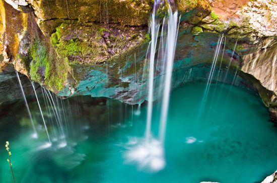 عکس های دیدنی از زیباترین رودخانه جهان