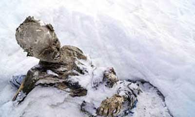 پیدا کردن یک مومیایی در یخبندان مکزیک + عکس