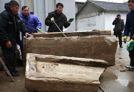 جسد مومیایی 700 ساله در چین (+عکس)