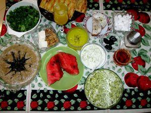 غذاهایی که نباید برای سحری خورد