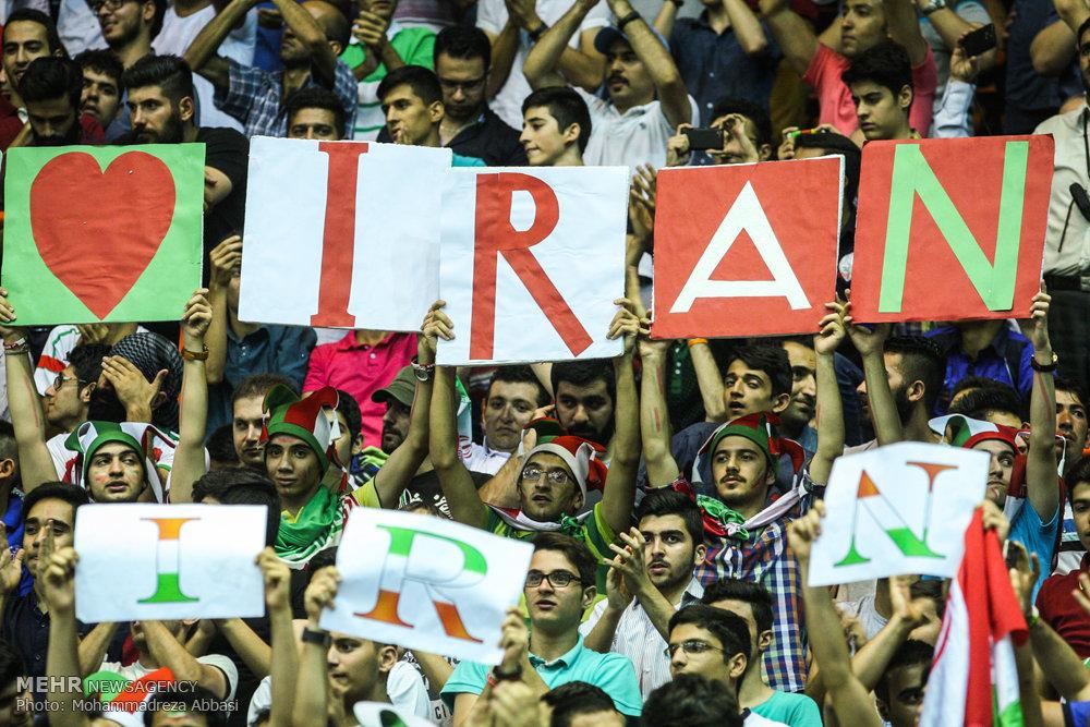 قهرمان جهان والیبال هم به ایران باخت (تصاویر)
