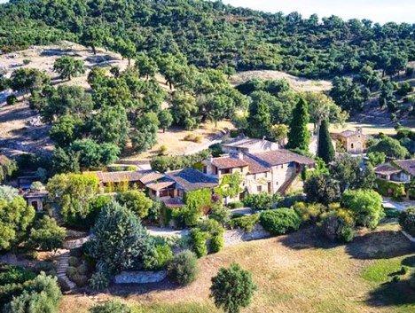 به فروش گذاشتن خانه جانی دپ در فرانسه + عکس