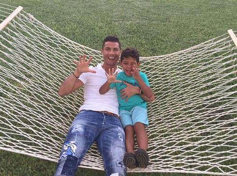 پسر کریستیانو رونالدو 5 ساله شد + عکس