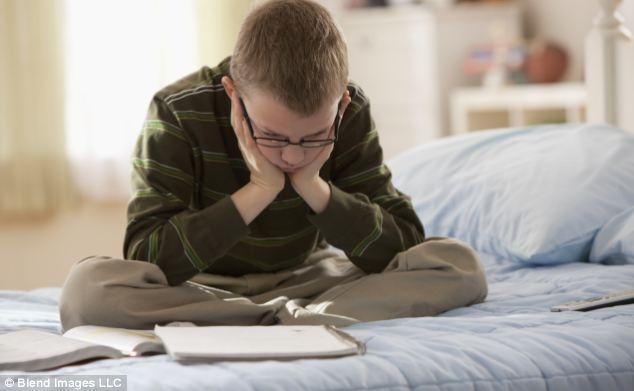 علل بی علاقگی کودک به خواندن کتاب