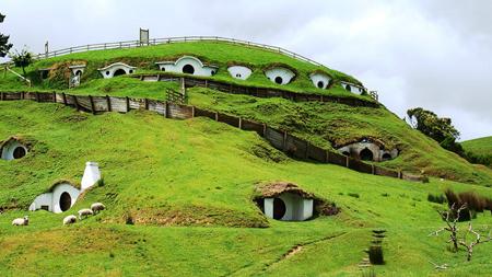 روستای عجیب هابیت ها در دنیای واقعی (+تصاویر)