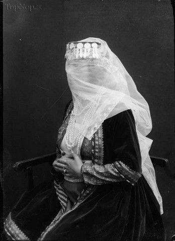 تصاویری از پوشش زنان ایرانی در دوره قاجار