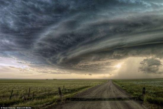 تصاویر دیدنی از ابرهای عجیب و غریب