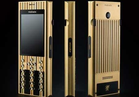 طراحی گوشی با بدنه ای از طلای 24 عیار
