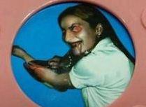 اسباب بازی زن شیطانی که مادر و فرزند را شوکه کرد + عکس