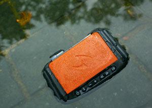 طراحی اسپیکر ضدآب برای سفر (عکس)
