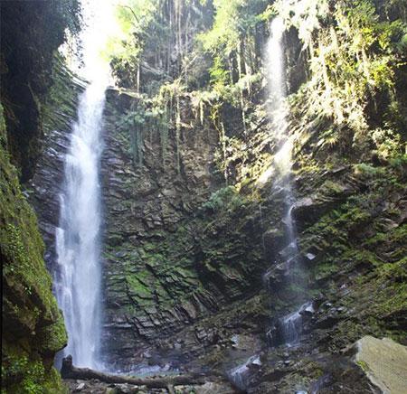 زیباترین و بلند ترین آبشار ایران کجاست؟
