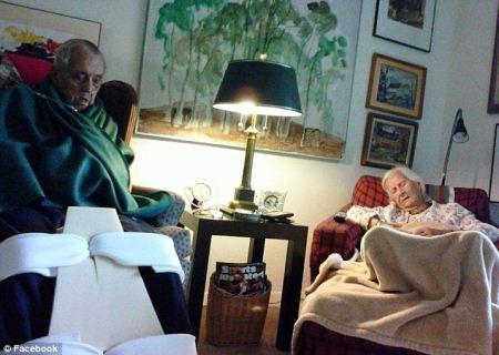 مرگ عاشقانه پس از 75 سال زندگی مشترک + عکس