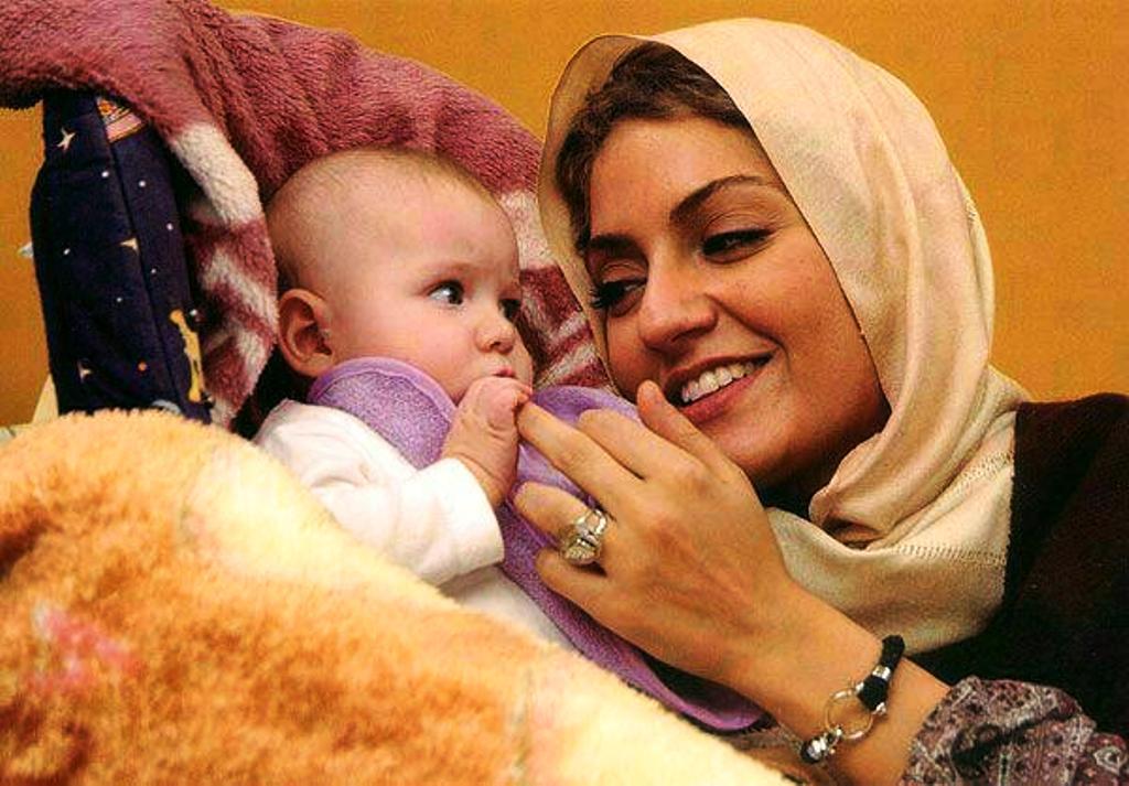 جدیدترین عکس مهناز افشار و دخترش لیا