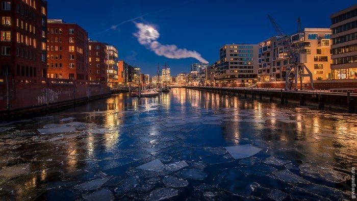 معرفی ۱۰ شهر زیبای آبی + تصاویر